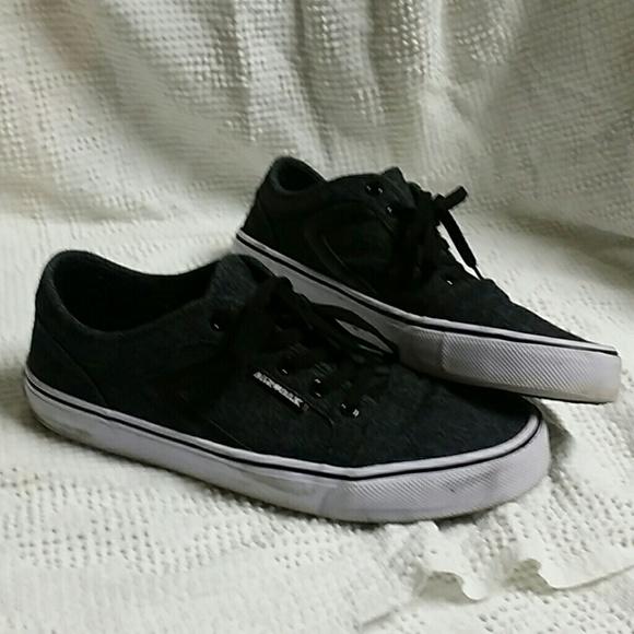 free shipping c3274 418b6 Airwalk Other - Men s Airwalk sneakers